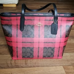 Coach Zip Top Tote Signature / Red Field Plaid